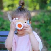 kikoandgg_camera pink girl